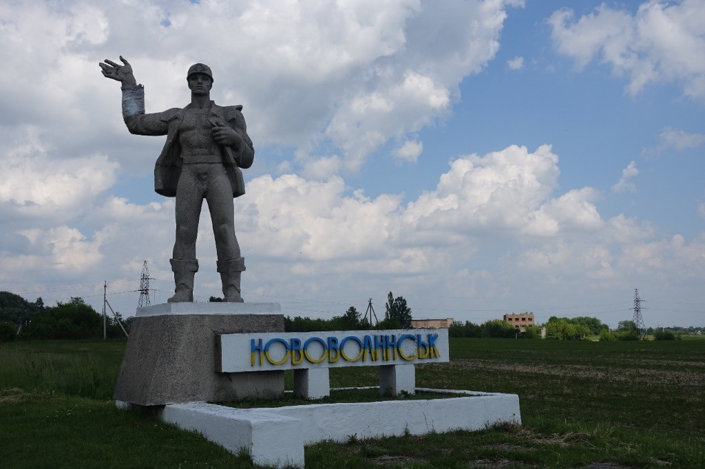 Sehr beliebt, Statuen vor jeder größeren Stadt (man beachte die reparierte Hand :-) )