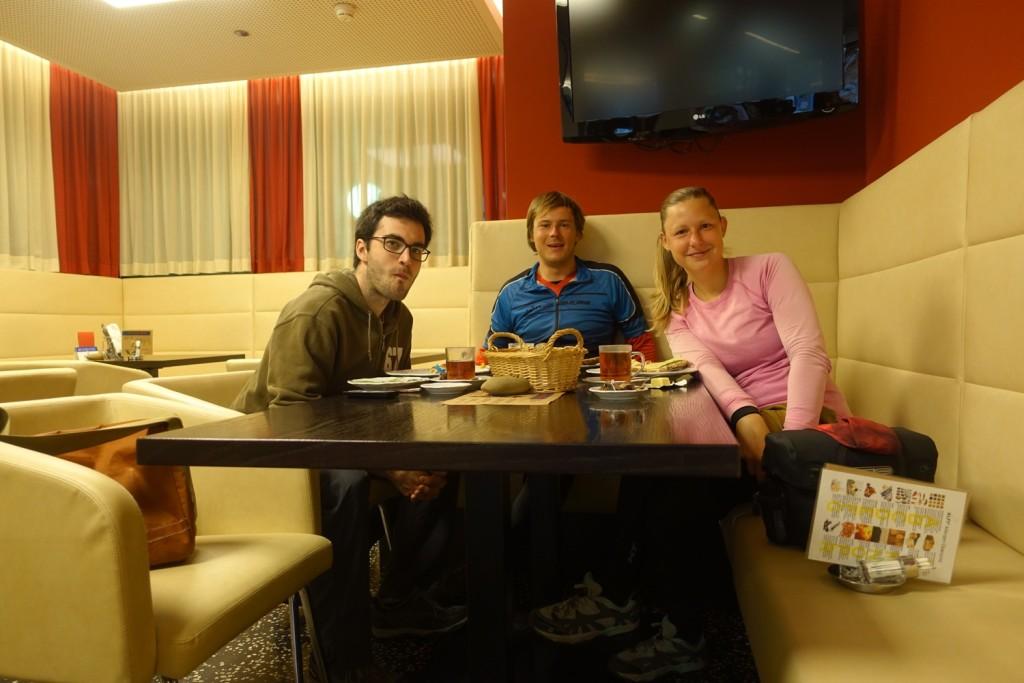 mit Tobias und Frühstück